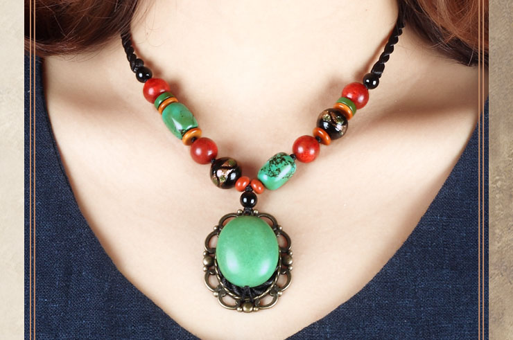 Collier, Pierres turquoise