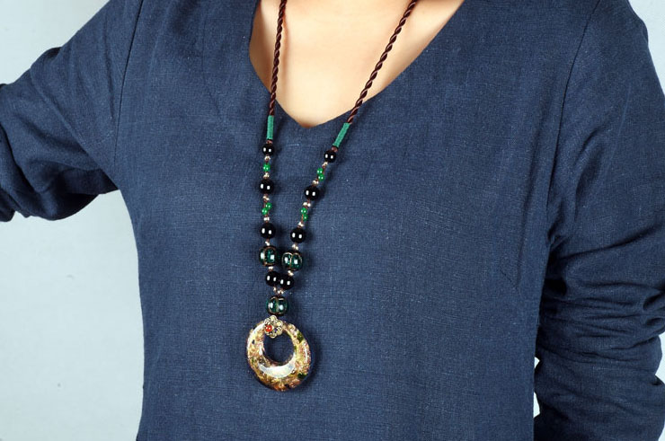 Collier, Style Chinois