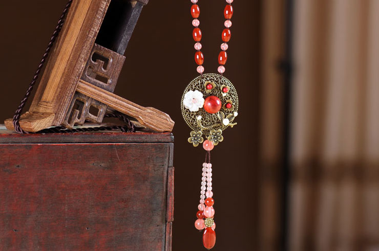 Necklace Agate and Coral