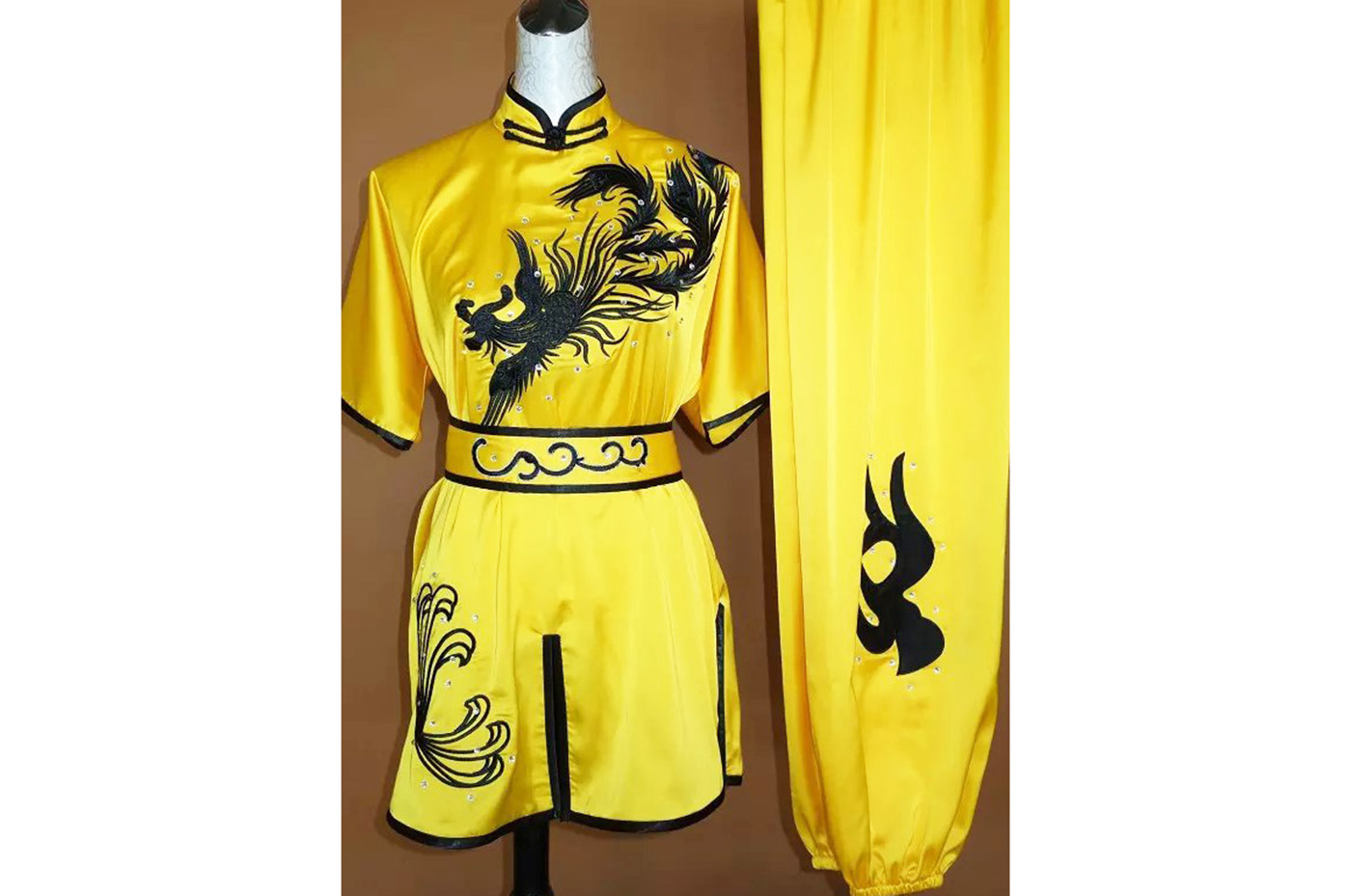 Tenue Chang Quan Brodée Phoenix 2