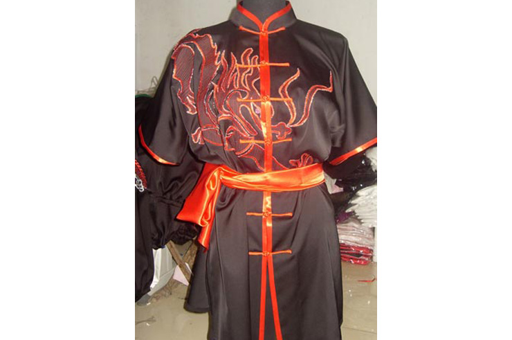 Traje Bordado, Chang Quan Dragón 1