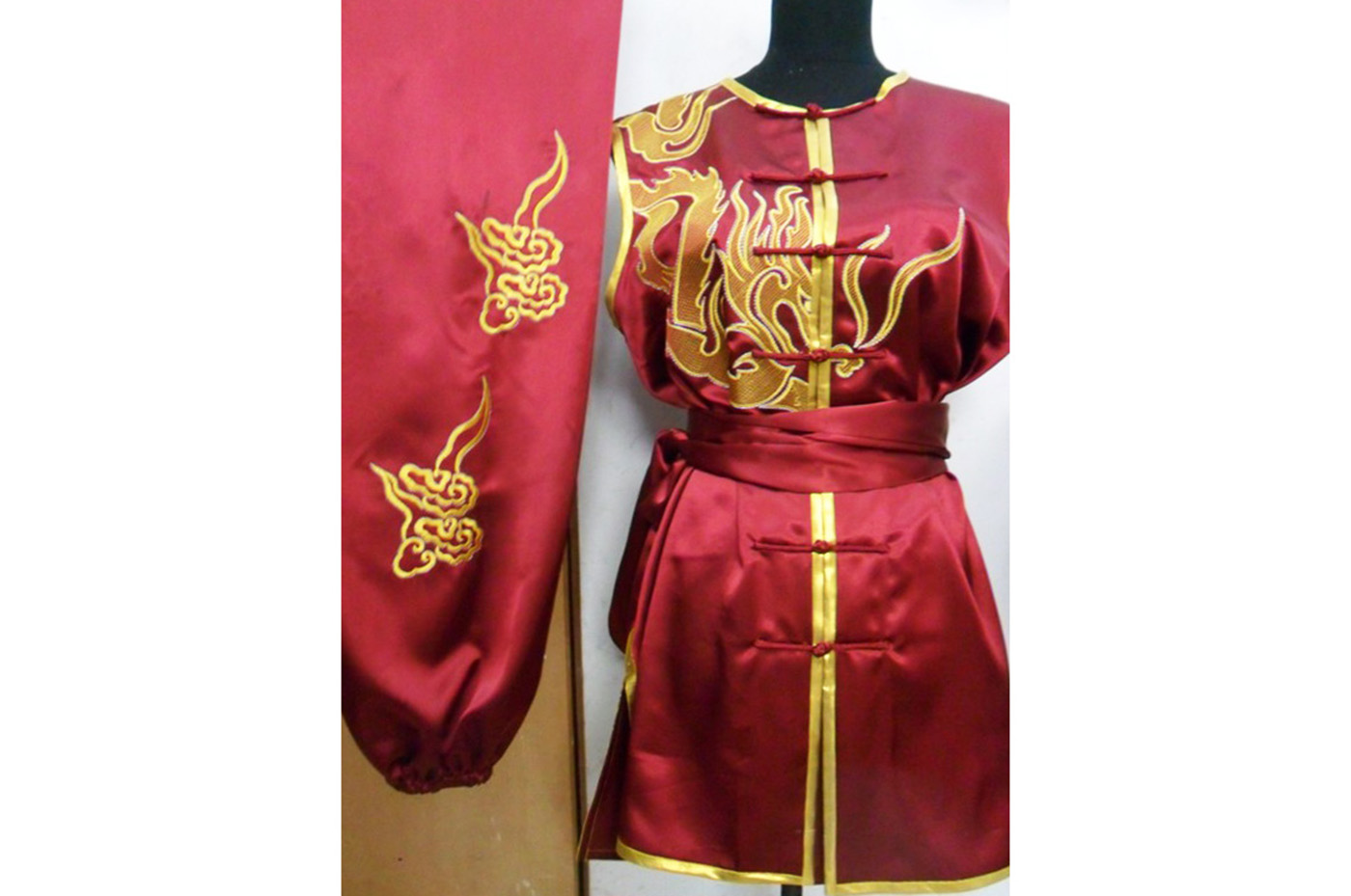 Tenue Brodée, Nan Quan Dragon 2